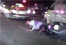 Thanh niên thoát chết thần kỳ khi lao vào xe tải
