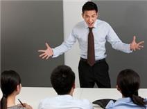 Làm việc với sếp trẻ: Lợi và không lợi