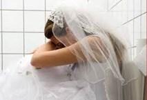Bị chồng sắp cưới và tình nhân lừa vào