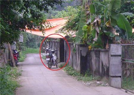 Ngôi nhà (vòng tròn đỏ) nơi bà Xuân bị sát hại.