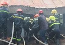 Video: Hiện trường vụ cháy kho vật tư nhà máy nước lớn nhất tỉnh Hà Tĩnh