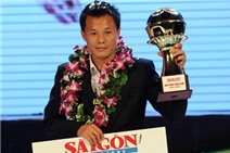 Thành Lương giành Quả bóng vàng Việt Nam 2014