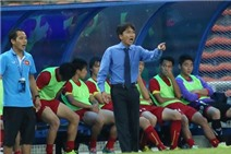 HLV Miura sẽ vắng mặt ở trận gặp Thái Lan