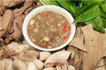 5 món ăn Việt lọt top món ăn kì dị nhất thế giới