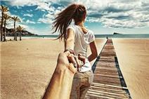 8 kiểu chụp ảnh kinh điển của cặp đôi khi cùng nhau đi du lịch