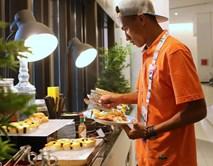 U23 Việt Nam đóng quân tại thiên đường ăn uống ở Singapore