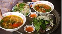 3 khu chợ đồ ăn vặt nức tiếng Hà Nội