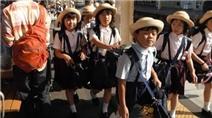 Cách mẹ Nhật dạy con tự đi học 1 mình từ khi còn nhỏ