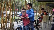 """Chiêu """"độc"""" của mẹ Việt dạy con không cần la mắng"""