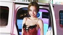 Elly Trần tái xuất rạng ngời sau 2 tháng sinh con