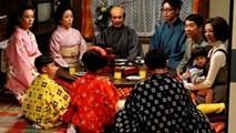 Học cách mẹ châu Á dạy con về Tết truyền thống