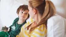 Cần dạy con về giới tính càng sớm càng tốt