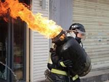 Bình gas bị xì, bốc cháy... thay vì bỏ chạy hãy xử lý như sau để cứu sống cả nhà