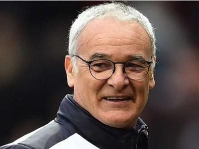 HLV Ranieri nhắc lại thời khắc đen tối nhất trong sự nghiệp