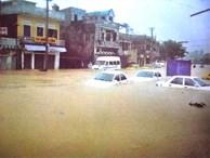 Chuyên gia thời tiết lo ngại 'đại hồng thủy' năm 1999 sẽ tái hiện ở miền Trung