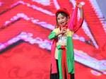 Ồn ào chấn động Vietnams Got Talent: Mẹ con cô bé hát 6 thứ tiếng lên tiếng kêu oan, viết thư cầu cứu vì bị ném đá!-3