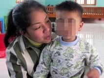 Tâm sự xót xa của nữ giám đốc nuôi con trong trại giam