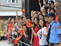 """Người dân Sài Gòn đồng thanh hô """"chào đón ông Obama"""""""