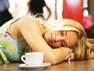 Cafe 30 ngàn, ngủ máy lạnh 3 tiếng: Gượng cười chiều khách