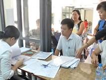 Rối với tuyển sinh trực tuyến đầu cấp, phụ huynh lại trực tiếp đến trường