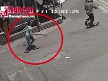 Nữ côn đồ vác mã tấu truy sát nhân viên Bến xe Vinh như phim hành động