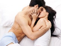 Tập thể dục trên giường, vợ chồng cùng giảm cân