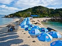 Đến Khánh Hoà thăm bãi tắm đôi siêu đẹp và duy nhất ở Việt Nam