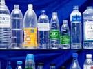Dừng lại ngay nếu bạn vẫn sử dụng chai nhựa theo cách nguy hiểm này