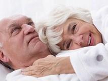 Cao tuổi không có nghĩa là ngừng quan hệ tình dục