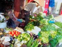 Thịt lợn, rau, thủy sản,... vẫn nhiễm độc