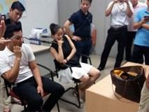 Tiếp viên hàng không Việt Nam buôn lậu 3 kg vàng
