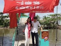 Vợ chồng Công Vinh - Thủy Tiên được người dân đặt tên cho một cây cầu