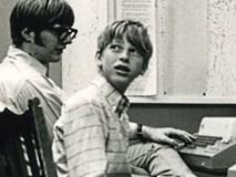 Tỷ phú Bill Gates kể về cô giáo thay đổi cuộc đời ông