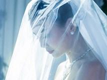 Bất ngờ lộ ảnh cưới, siêu mẫu Thanh Hằng chuẩn bị kết hôn?