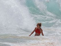 Britney Spears suýt chết đuối ở Hawaii