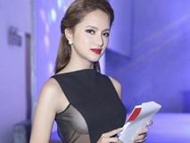 'Đỏ mắt' soi vòng một quyến rũ của Hương Giang Idol