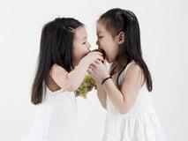 Bố mẹ đã sai lầm thế nào khi dạy con phải chia sẻ với người khác?