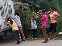 Yên Bái rúng động vì vụ án bố đẻ xâm hại 2 con gái ruột