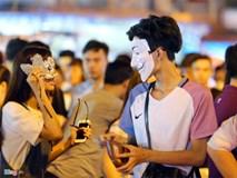 Giới trẻ đánh mất bản sắc Trung thu Việt trên đường phố