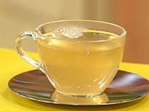 Cứ uống ly nước này trước khi ngủ, da trắng bóc, mướt mịn