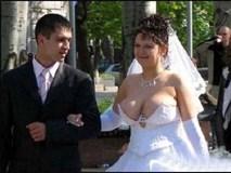 Cười té ghế với những bức ảnh cưới bá đạo trên từng hạt gạo