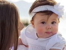 Ham bấm lỗ tai cho bé sơ sinh, mẹ nhận hậu quả khó lường