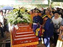 Người dân chen lấn, xô đẩy ở đám tang NSND Thanh Tòng