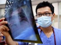Trải lòng của bác sĩ cấp cứu cho bé trai 9 tuổi bị tôn cứa cổ tử vong