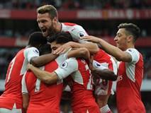 """Arsenal """"nhấn chìm"""" Chelsea tại Emirates"""