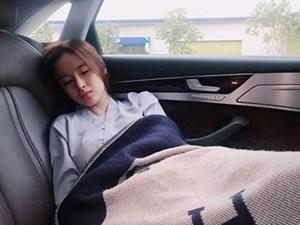 Bất ngờ trước nhan sắc của mỹ nhân Việt khi... đang ngủ