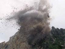 Nổ mìn trong công trường, 14 người bị thương