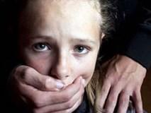 Bé gái 13 tuổi bị thầy giáo cưỡng hiếp tại trường, mang thai 31 tuần
