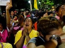 Thái Lan chìm trong nước mắt sau tin vua qua đời