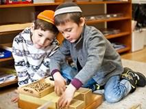 Nhìn cách người Do Thái dạy con từ 3 tuổi để hiểu vì sao họ không sinh ra một thế hệ trẻ 'ăn bám' bố mẹ